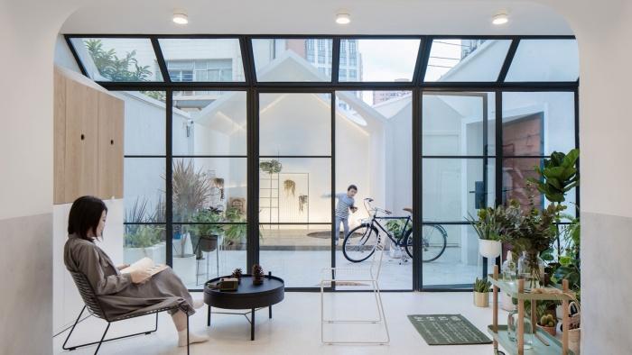 p1_a_white_house_a_growing_home_shanghai_china_rigi_design_yatzer